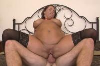 Grasa cu tate imense Stacie Starr face sex anal cu un dotat