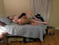 Sex interracial cu un barbat excitat