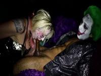 Harley Quinn muita si fututa de Joker cel negru