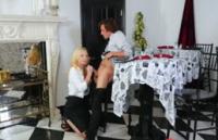 Zoe Parker, blonda sexy, da o proba de sex oral cu un pulos