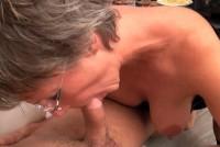 Sex anal cu o matura supusa la perversiuni sexuale