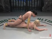 BDSM intre lesbiene