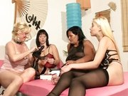 Petrecere privata — mult sex in grup