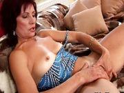 Una bucata femeie freaca pizda